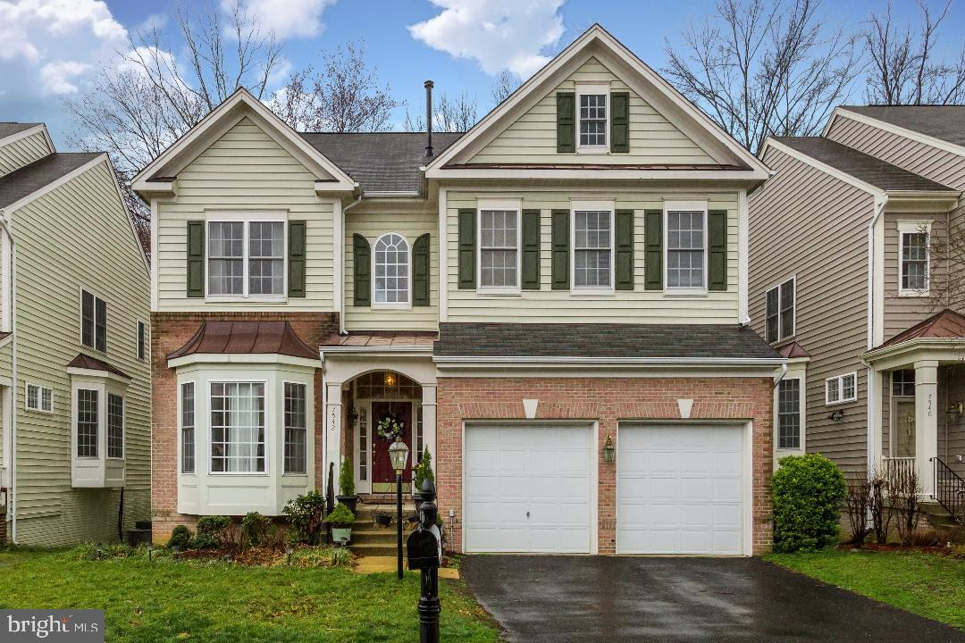 Single Family for Sale at 7542 Lindberg Dr Alexandria, Virginia 22306 United States