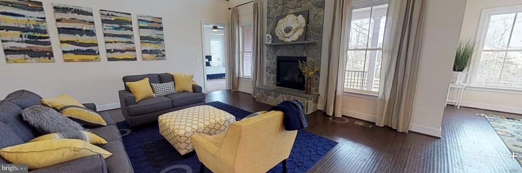 Family room - 25532 EMERSON OAKS DR, ALDIE