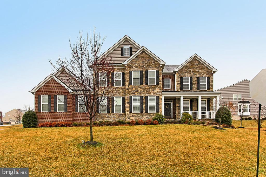 Spectacular 5 BR, 5.5 BA Home loaded w/upgrades! - 21492 GREAT SKY PL, BROADLANDS