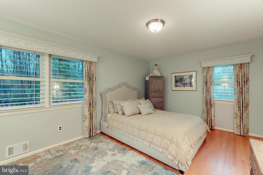 Master bedroom - 12050 HICKORY HILLS CT, OAKTON