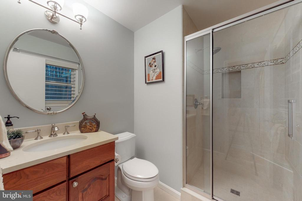 Master bath - 12050 HICKORY HILLS CT, OAKTON