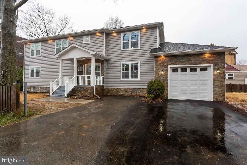 Fairfax Homes for Sale -  City View,  3968  OAK STREET