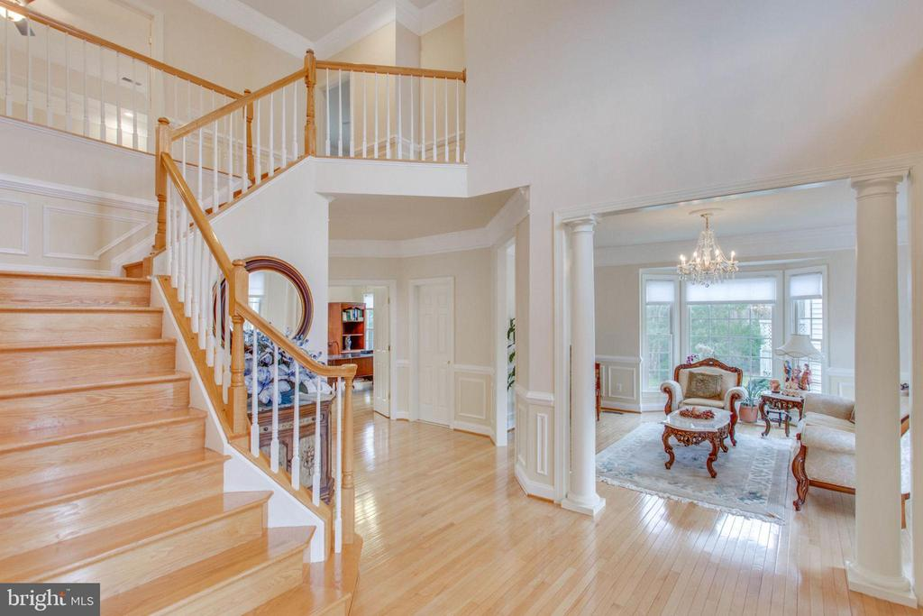 Two  Story Foyer - 11607 FOREST HILL CT, FAIRFAX