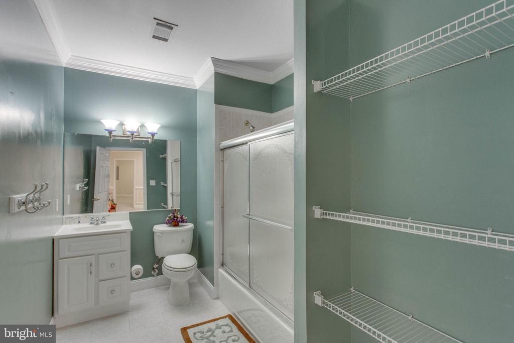 Full Bathroom  Low Level - 11607 FOREST HILL CT, FAIRFAX