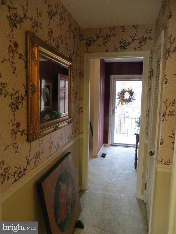 From country Kitchen to entry foyer - 200 HAPPY CREEK RD, LOCUST GROVE