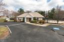 Community Pool House - 13309 FOXHOLE DR, FAIRFAX