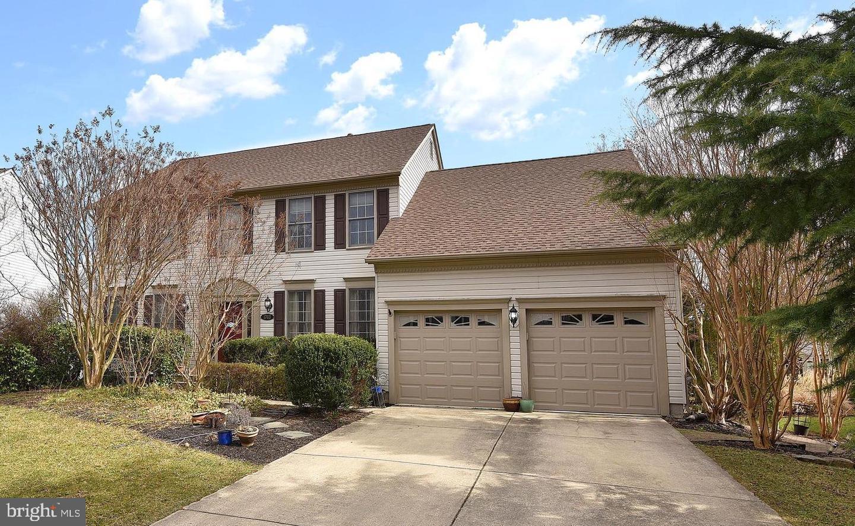Single Family Home for Sale at 1703 Pepperbush Court 1703 Pepperbush Court Crofton, Maryland 21114 United States