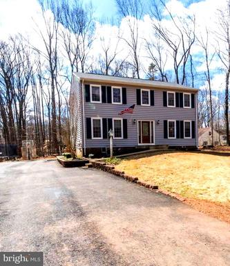112 ENFIELD DR