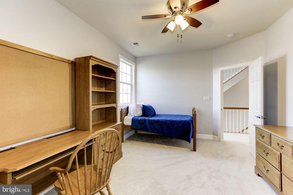 Bedroom 4 - 44136 RIVERPOINT DR, LEESBURG