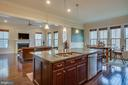 Oversized Island that flows in the Family Room - 2192 POTOMAC RIVER BLVD, DUMFRIES