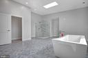 Master bath glass shower, sep toliet and bidet. - 6027 TULIP POPLAR CT, MANASSAS