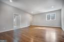 Suite bedrm to the right ( could be divided) - 6027 TULIP POPLAR CT, MANASSAS