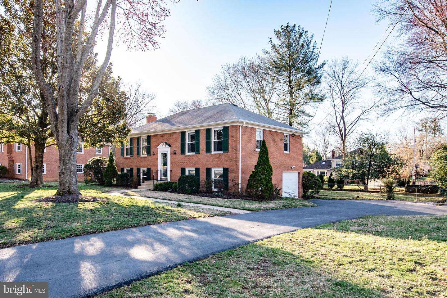 Additional photo for property listing at 2303 Nordok Pl Alexandria, Virginia 22306 United States
