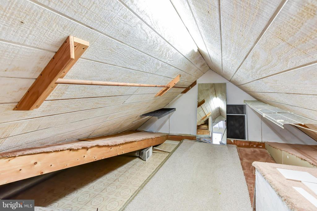 Additional storage options in this attic - 4104 DUNCAN DR, ANNANDALE