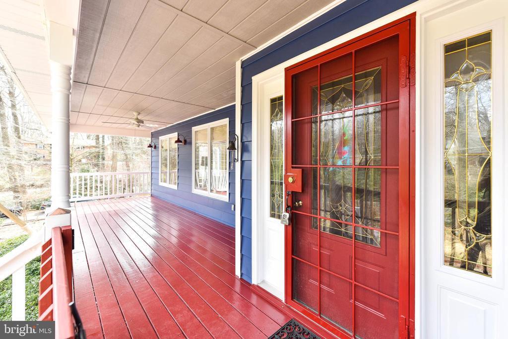 Just painted porch - 4104 DUNCAN DR, ANNANDALE