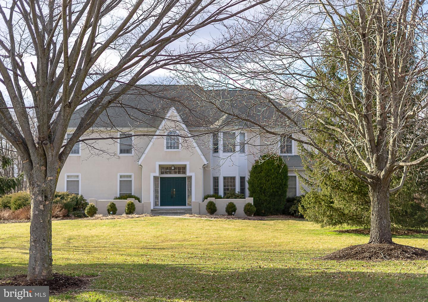 Single Family Home for Sale at 4 GRACE HILL Court Hopewell, New Jersey 08525 United StatesMunicipality: Hopewell Township