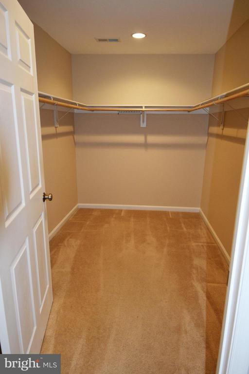Basement MBR huge walk in closet - 9416 EVERETTE CT, SPOTSYLVANIA