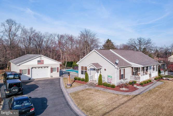 Villa per Vendita alle ore 55 DAYTON Road Jamesburg, New Jersey 08831 Stati UnitiIn/In giro: Monroe Township