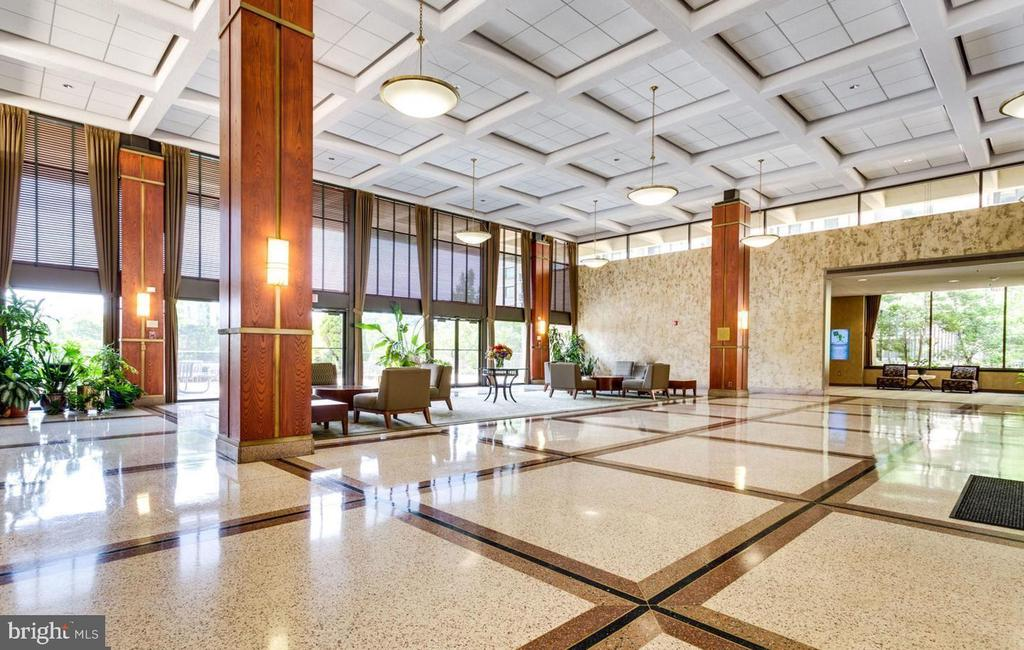 Grand lobby - 5505 SEMINARY RD #613N, FALLS CHURCH