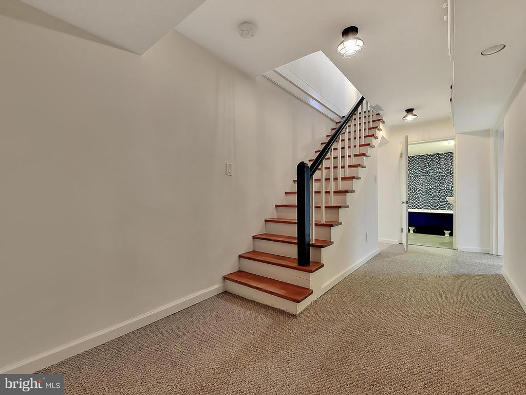 Basement restored stairway - 211 ROCKWELL TER, FREDERICK