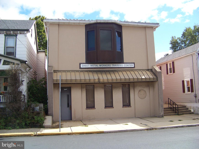 Maison unifamiliale pour l à louer à 539 MAIN Street Shoemakersville, Pennsylvanie 19555 États-Unis