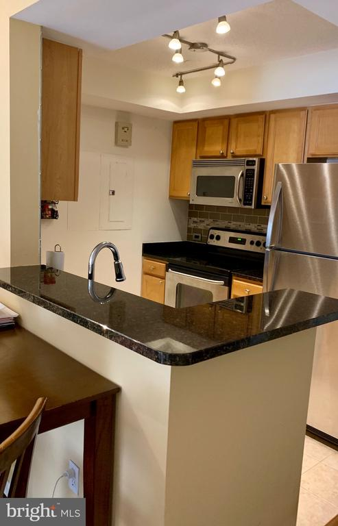 Stainless Steel Appliances - 880 N POLLARD ST #227, ARLINGTON