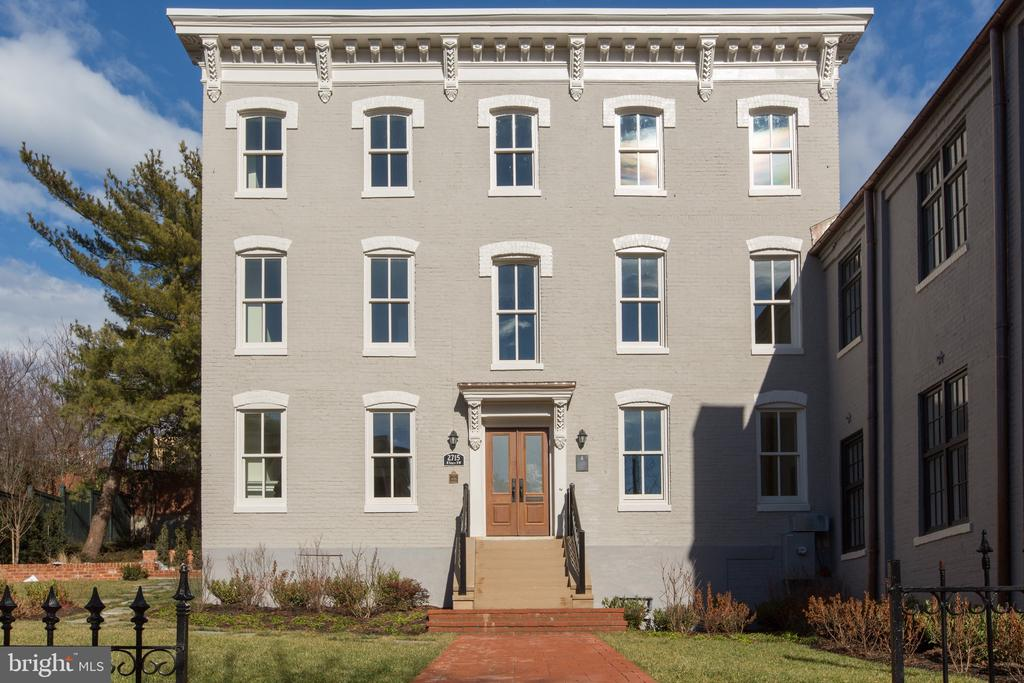 Front - 2715 N ST NW, WASHINGTON