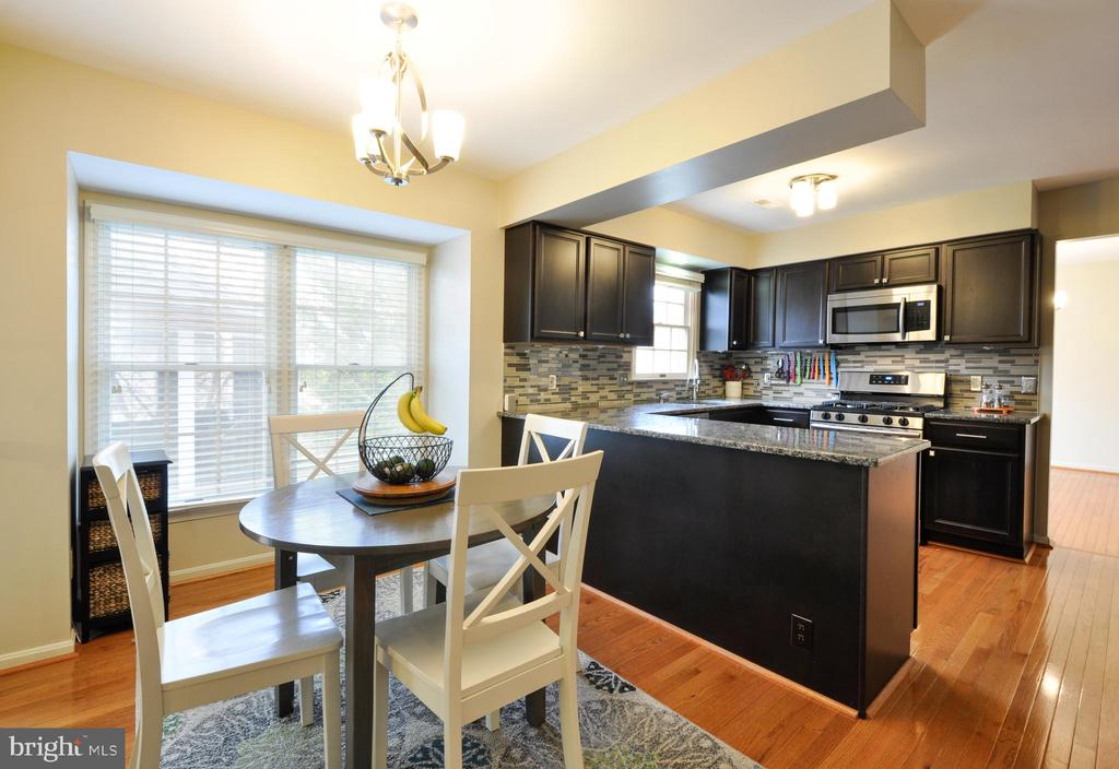 Perfect for Everyday Dning! - 9 BANKSTON CT, STAFFORD