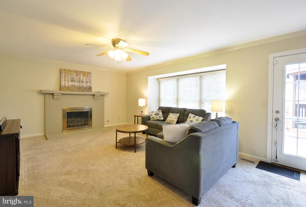 Family Room with Brick Fireplace! - 9 BANKSTON CT, STAFFORD