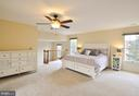 Lovely Master Bedroom! - 9 BANKSTON CT, STAFFORD