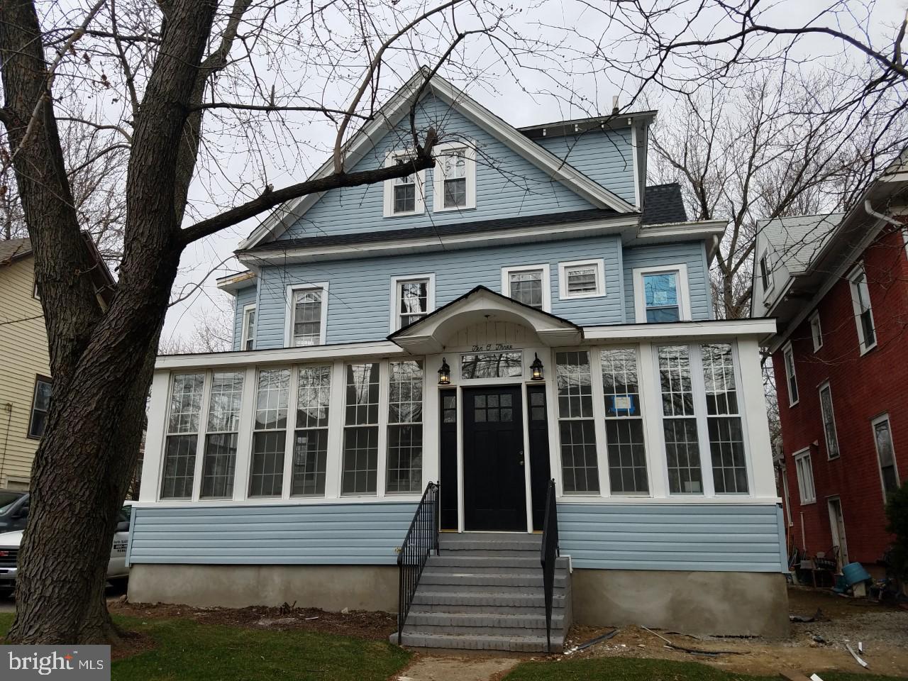 Villa per Vendita alle ore 1003 COLLINGS Avenue Oaklyn, New Jersey 08107 Stati Uniti