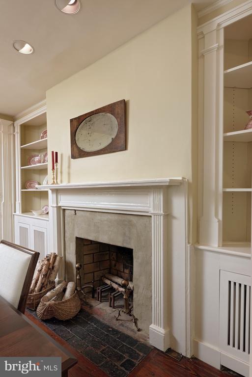 This wood burning fireplace with original mantel - 317 S SAINT ASAPH ST, ALEXANDRIA
