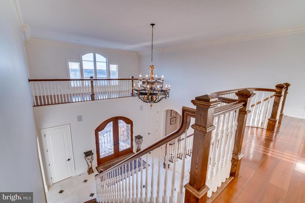 Upper Level Hall With Balcony View - 22662 CREIGHTON FARMS DR, LEESBURG