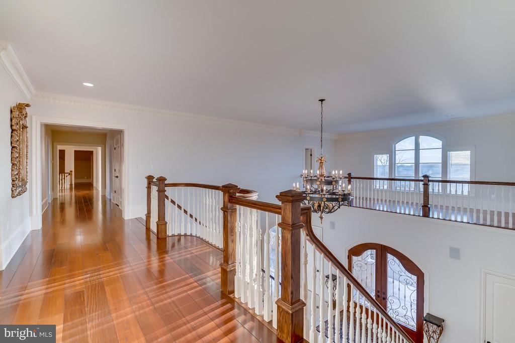 Upper Level Hall View - 22662 CREIGHTON FARMS DR, LEESBURG