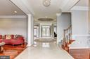 Marble Tiled Foyer - 43230 PARKERS RIDGE DR, LEESBURG