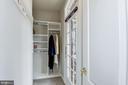 Walk-In Closet with Custom Organization - 43230 PARKERS RIDGE DR, LEESBURG