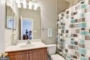 Third Full Bathroom - 43230 PARKERS RIDGE DR, LEESBURG