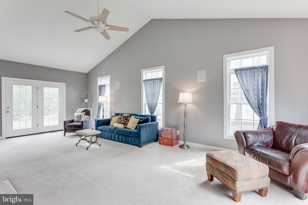 Sun room on main level - 4112 FERRY LANDING RD, ALEXANDRIA