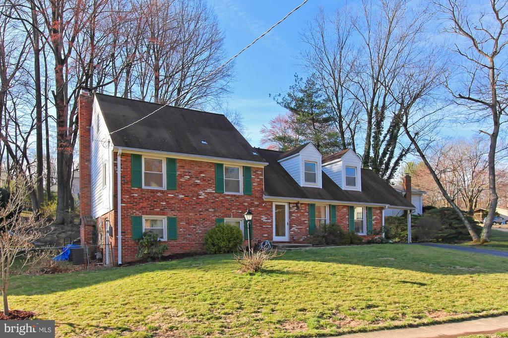 9529  STEVEBROOK ROAD, Fairfax, Virginia