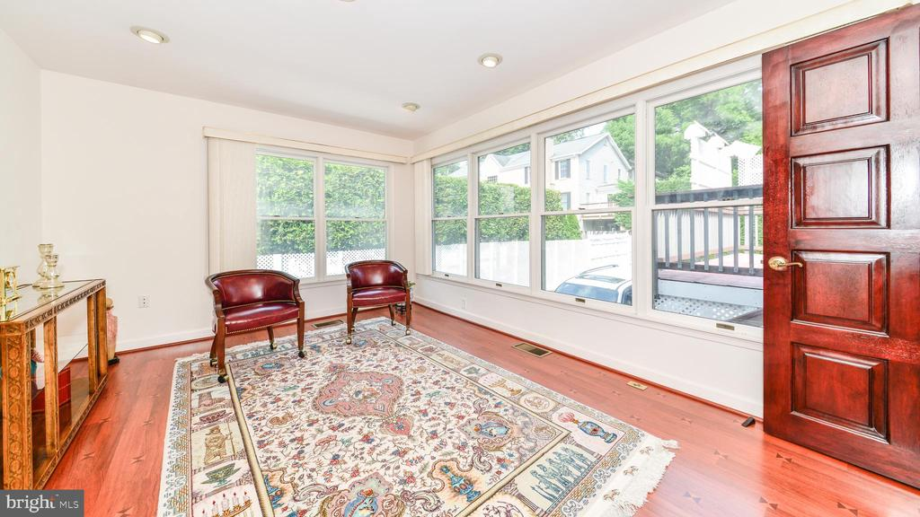 EXPANDED FLORIDA ROOM IS PERFECT FOR A HOME OFFICE - 7138 SHREVE RD, FALLS CHURCH