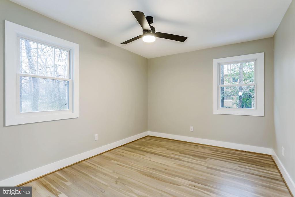 Second Bedroom - 9215 SAINT MARKS PL, FAIRFAX