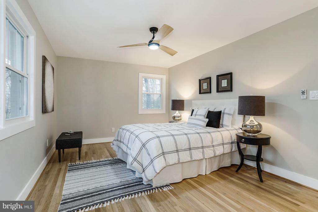 Master Bedroom - 9215 SAINT MARKS PL, FAIRFAX