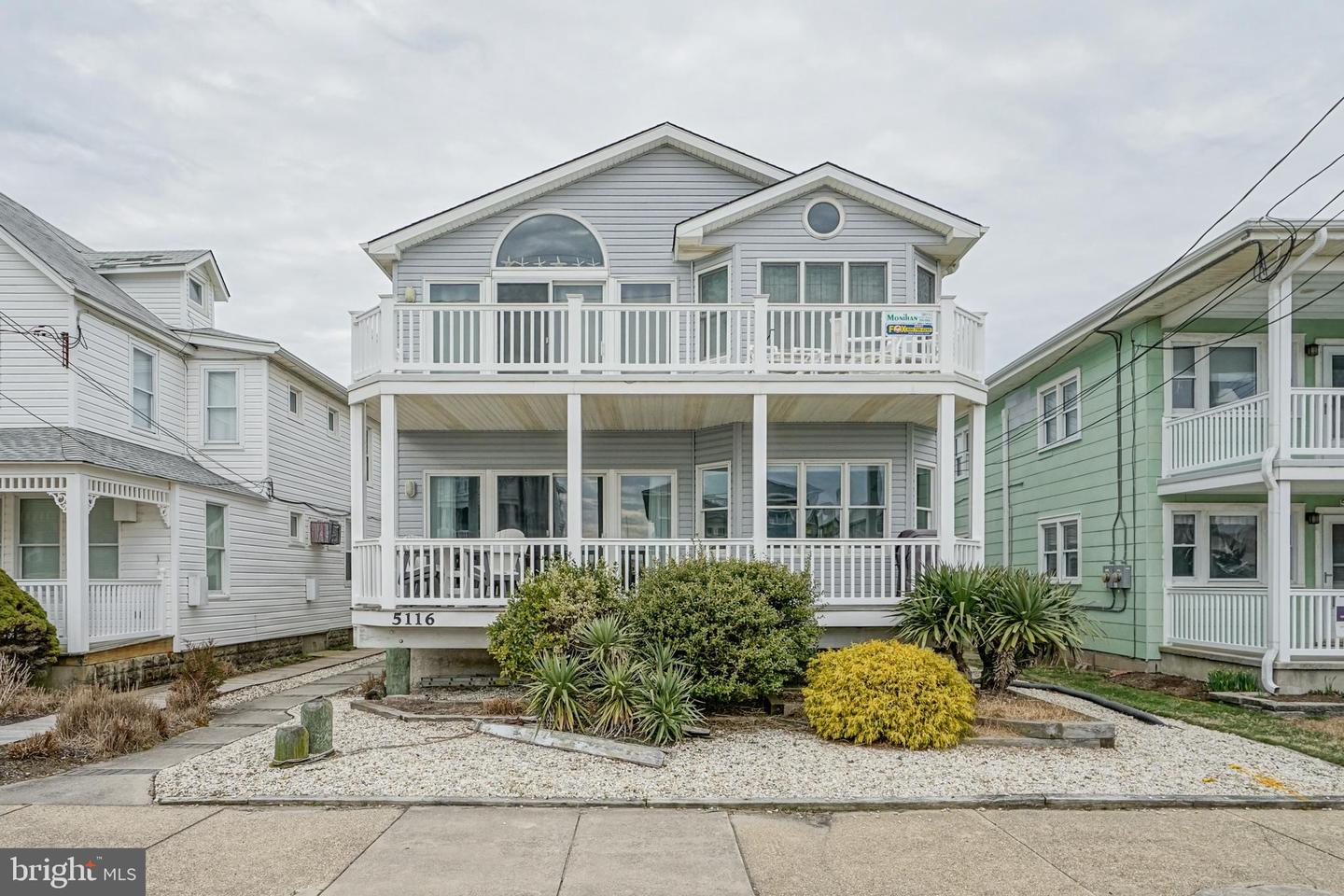 Photo of home for sale at 5116 Central Avenue, Ocean City NJ