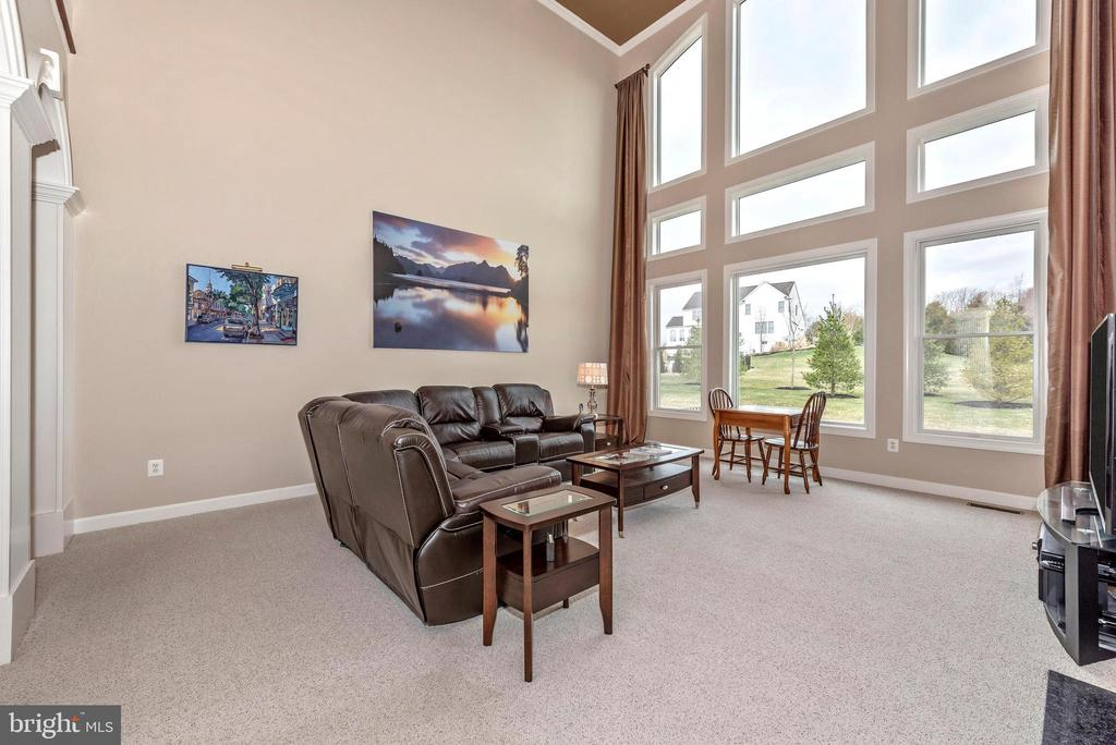 Stunning views through the wall of windows. - 6902 SOUTHRIDGE PL, MIDDLETOWN