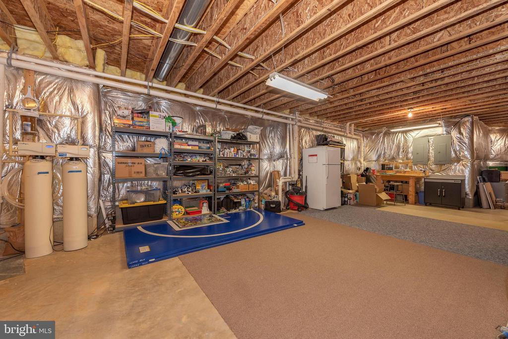 Unfinished lower level space - great storage. - 6902 SOUTHRIDGE PL, MIDDLETOWN