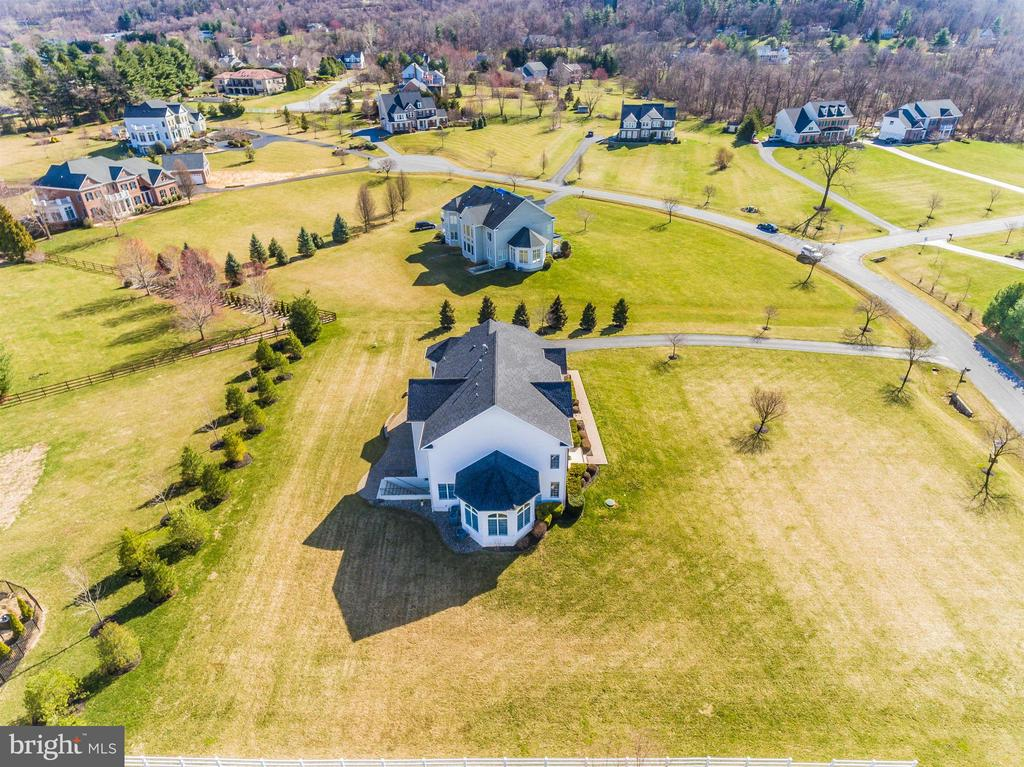 Great lot - approved for pool - 6902 SOUTHRIDGE PL, MIDDLETOWN