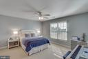 LARGE secondary bedrooms - 40475 SOUSA PL, ALDIE
