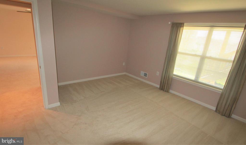 Basement Bedroom - 3 BLUEFIELD LN, FREDERICKSBURG