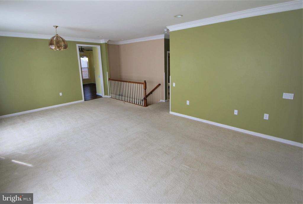 Living Room - 3 BLUEFIELD LN, FREDERICKSBURG