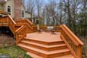 Tiered deck for outdoor entertaining - 6620 HORSESHOE TRL, CLIFTON